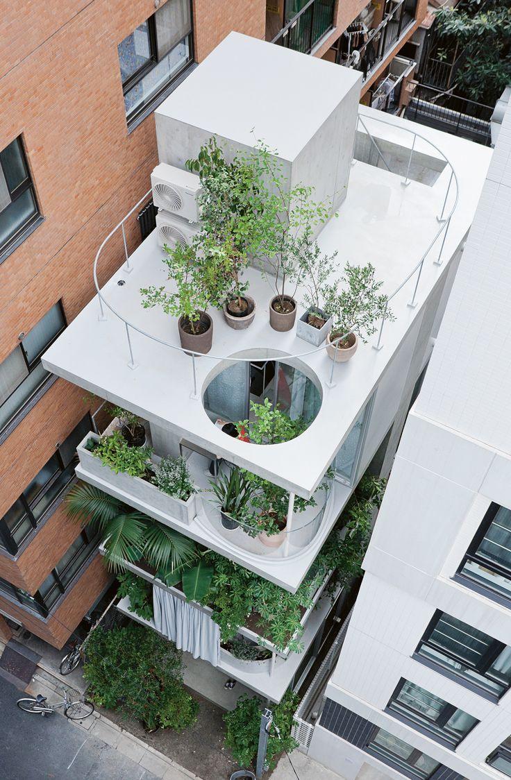 Garden & House, Ryue Nishizawa, 2011, Tokyo, Tokyo Prefecture. Photo: Iwan Baan