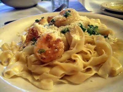 My favorite dish from Carrabbas- Pasta Weesie