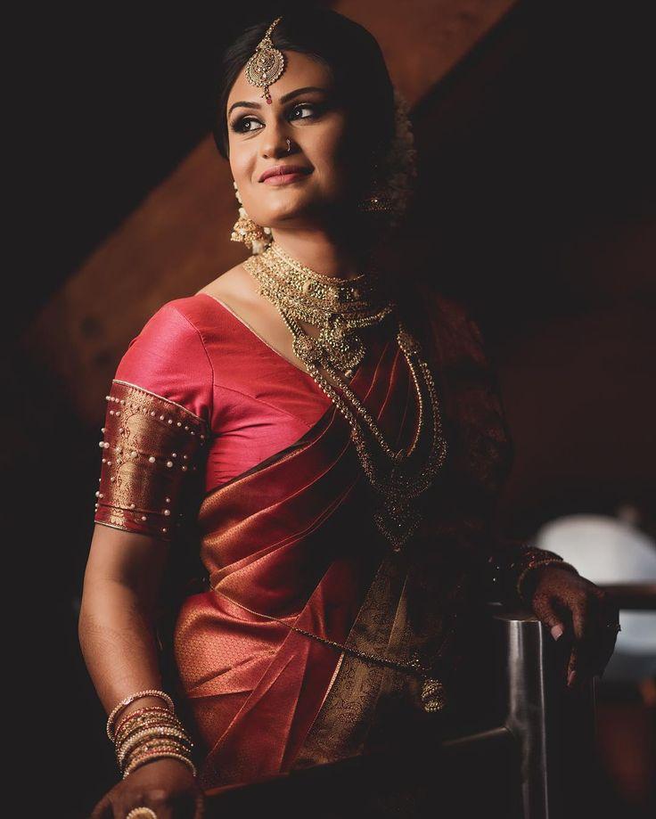 Sanjey & Jamini's Tamil Hindu Wedding.   Photography- @black_magic_creations   MUA- @renuka_mua   #tamilbride #bride #wedding #asianwedding #photography #lighting #mua #makeup #makeupartist #saree #followme #jewellery #model #pose #canon #dji #asainbride #loft #antic #architecture #paddington #hilton #instabride #picoftheday #portrait #bridegoals #weddinginspiration #indianbride #brideoftheday #weddinggoals #indianbride