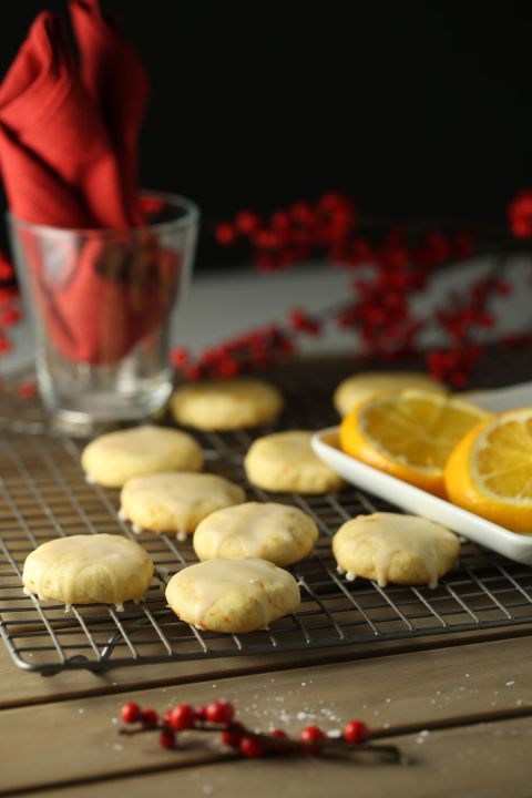 Cookies, Easy christmas cookies and Glaze on Pinterest