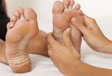 68% off 1hr Foot-Reflexology Sessions at Royal Canadian College of Massage Therapy #Toronto #HappyFeet