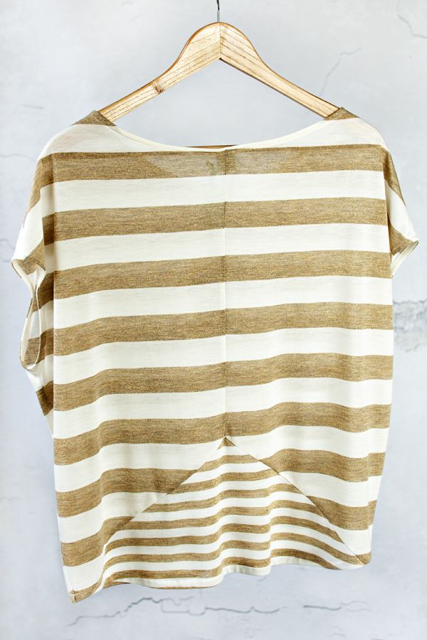 Blouse with gold stripes - 2 pcs - MOTHER AND DAUGHTER SET Set of two oversize summer tops. Wide gold and white stripes will add chic and elegance. Shop at www.thesame.eu News at www.facebook.com/thesame.eu #thesame #shirts #blouse #goldstripes #strips #comfortable #elegant #timelass #ecru #polishfashion #kidsfashion #womanfashion #momandchild #girlfashion #matchingclothes #stylishkids #stylishmother #stylishgirl