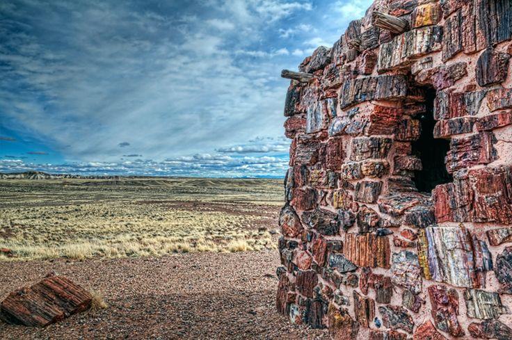 La 'Casa Ágata' de 1000 años de antigüedad hecho de madera petrificada - RUTA 33
