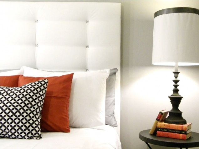 Tufted Headboard Why we love it: Between its clean lines (and clean
