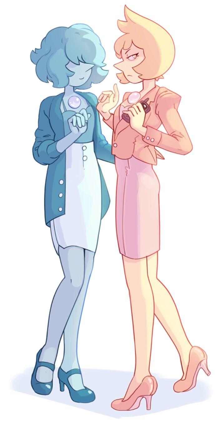 perla azul y perla amarilla en trajes modernos