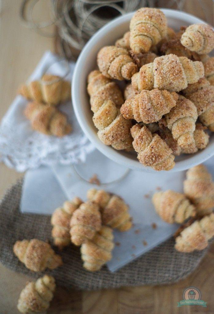 Himmel sind die knusprig! Schnelle kleine Nusshörnchen... (Mini Dessert Recipes)