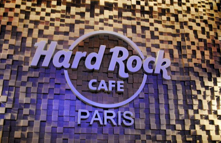 http://www.cultureandtrend.com/2013/10/hard-rock-cafe-paris.html
