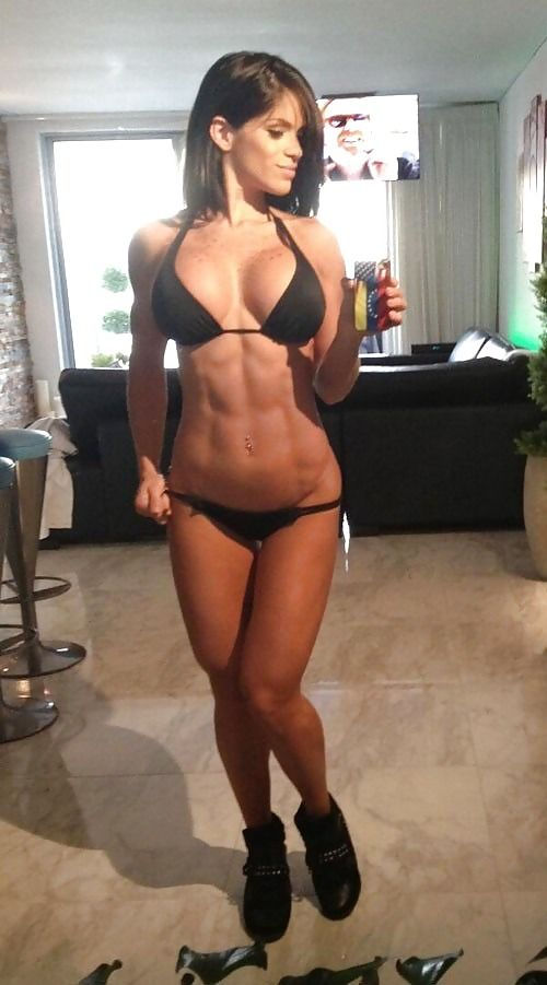 Hot Brunette with amazing Abs takes a Selfie wearing a