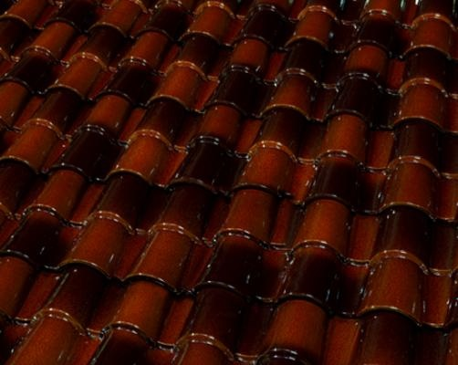 Congac (Coñac) Iridescent from the BorjaDecor collection combinesthe traditional colors of the glazed ceramic roof tiles with exclusive backgrounds applications that generate contrast and shade variation effects within the same tone