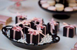 Бонбоньерки в виде подарочных коробочек