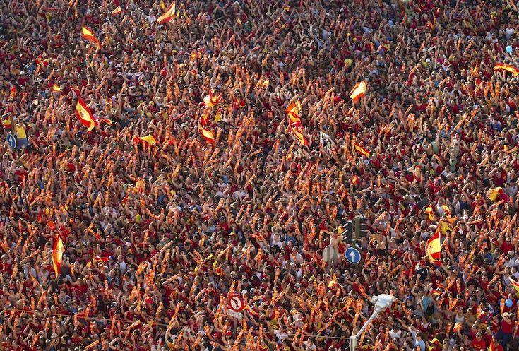 Celebrating the victory, Madrid Plaza Cibeles, Spain