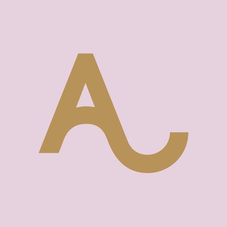ALEXACHUNG clothing logo