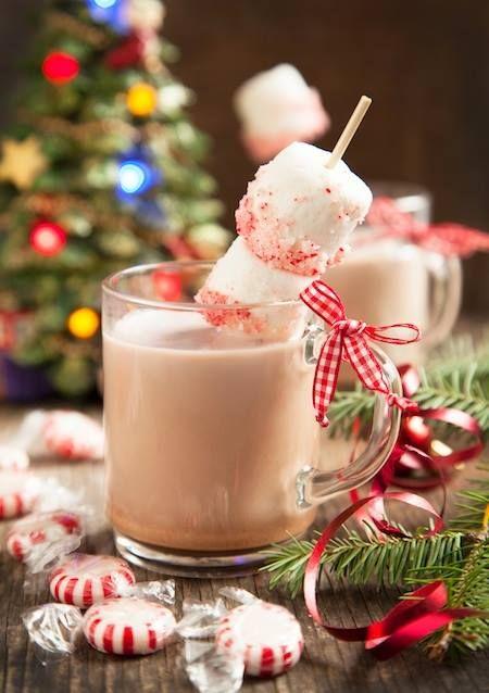 ¡Brrrr, qué frío! Prepara una bebida caliente con Cocoa Hershey's®, disponible en tiendas de autoservicio y supermercados, para que toda tu familia lo disfrute a tu lado. ¿Prefieres disfrutarla por la mañana o por la noche?