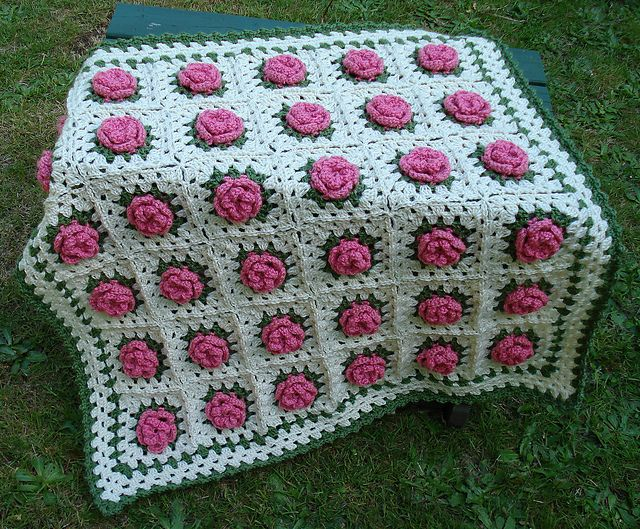 Free Crochet Pattern Rose Field : 785 best images about All Things Crocheted Afghans ...