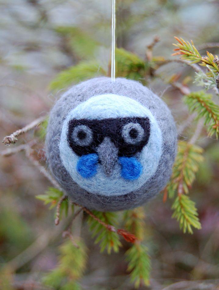 Felted wool decoration - kokako   Felt