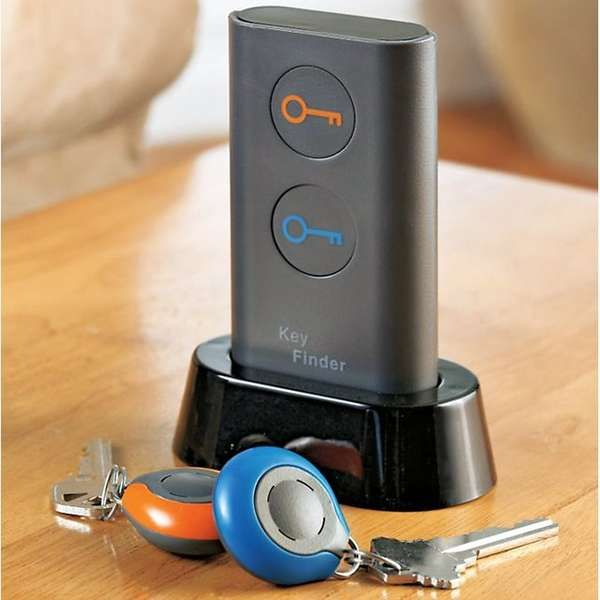 The Smart Key Finder helps you track down lost keys in no time. By pushing a button, this intelligent tracking device helps locate one's keys. To use, attach a colored receiver to your key chain. The next time they are misplaced, press the appropriately colored corresponding button and your keys will begin beeping
