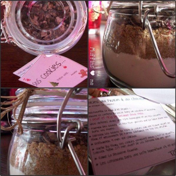 """Pas vraiment de recette aujourd'hui, quoique, si un peu !! Mais une jolie idée trouvée sur le blog """"I ♥ Cakes"""" de Valérie (ici). Il vous suffit d'avoir des bocaux, des pots en verre, et de vous faire un kit avec les ingrédients dits secs . Veiller à verser..."""