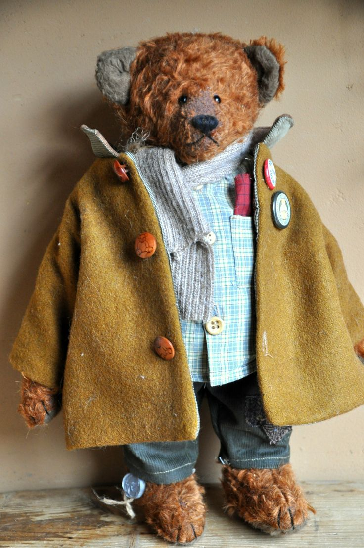 Borderbear.  Love the clothes