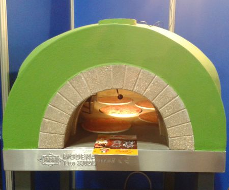 Статья об участии компании MAM, каторая производит печи для пиццы, на выставке Sigep 2015.