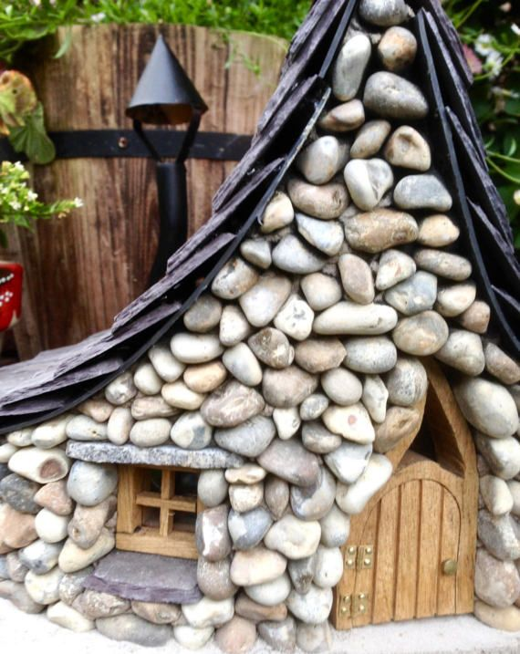 Snowdrop Cottage   Fairy House for the Garden
