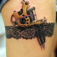 3d tattoo of a tattoo gun
