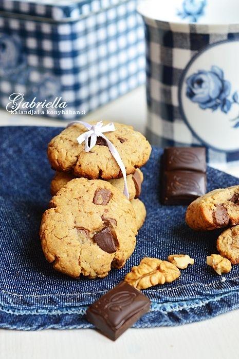 Gabriella kalandjai a konyhában :): Csokis-diós zabkeksz