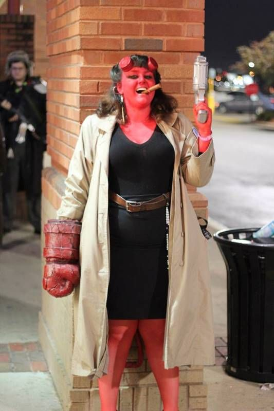 Cool Stuff We Like Here @ CoolPile.com ------- << Original Comment >> ------- Hellboy costume
