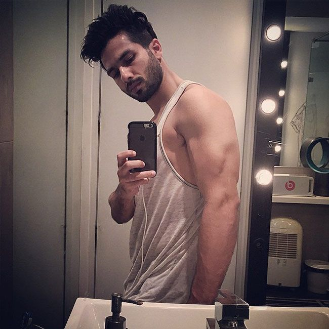 Shahid Kapoor #selfie on Instagram. #Bollywood #Fashion #Style #Handsome