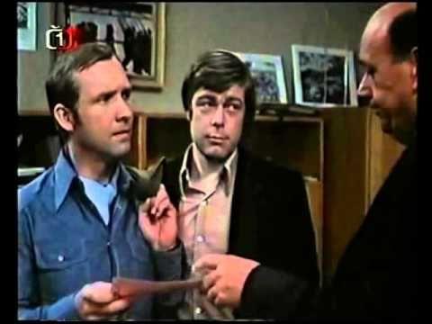 Město nic neví krimi Československo 1975 - YouTube