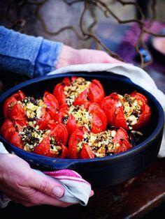 Tomaten met kruiden en feta - Pascale Naessens - zeer lekker - ik neem iets meer feta, zeer lekker recept, geen extra's nodig.