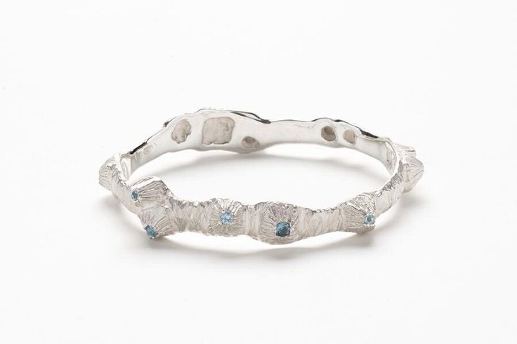 Emgee sterling silver Barnacle bracelet with London blue topaz and blue topaz