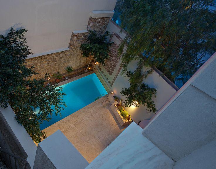 Nikolas Dorizas Architect Tel: +30.210.4514048 Address: 36 Akti Themistokleous – Marina Zeas, Piraeus 18537, Κατοικία στην Καστέλα σε τρεις δρόμους με εξωτερική πισίνα - Residence in Kastela, facing three streets, for a family of three, with an external pool