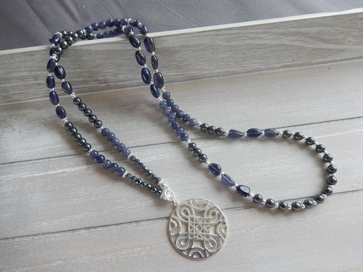Halskette lang: Iolith, Hämatit und Silber 925 von DeinCharme auf Etsy