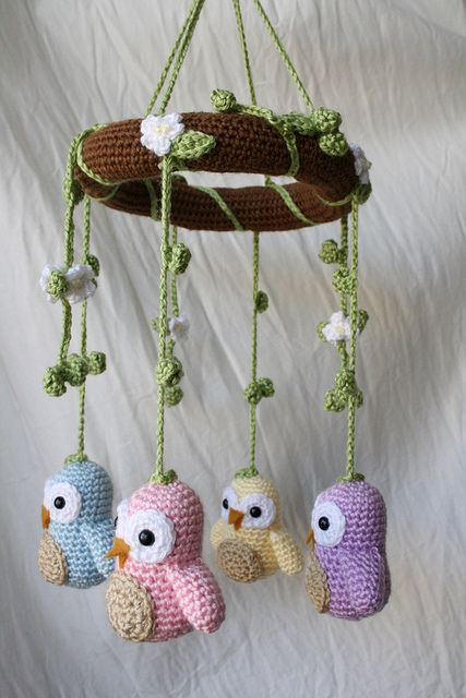Crochet Owl Mobile....must learn to crochet....after i graduate. yes, after sounds good.