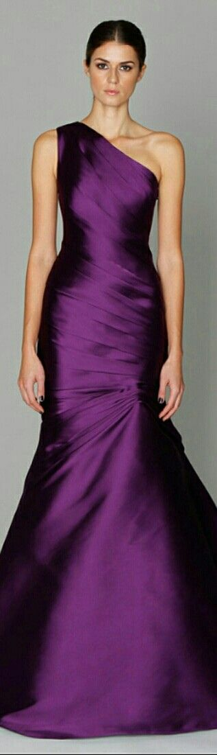 MONIQUE L'HUILLIER • In Purple Mermaid-Style Funnel Skirt w. Wrap Around the Lower & Upper Bodice to the Halter Region to One Shoulder Strap on R. Side • Blogspot: Wednesday, August 17th, 2011.