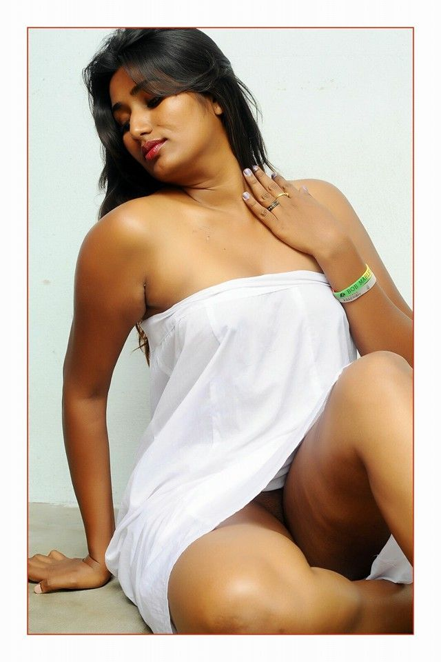 South Indian Masala Auntie Heroine Swathi Naidu Latest -5605