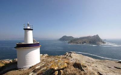 Faro de Punta Canabal. Islas Cíes. Galicia. Spain
