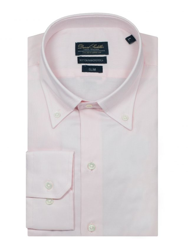 The pink shirt Leonardo for men is the evergreen garment, reinterpreted with great ability in a modern way. A fine stain-resistant Oxford cotton is the keystone of a garment that is necessary for the traditionalists.
