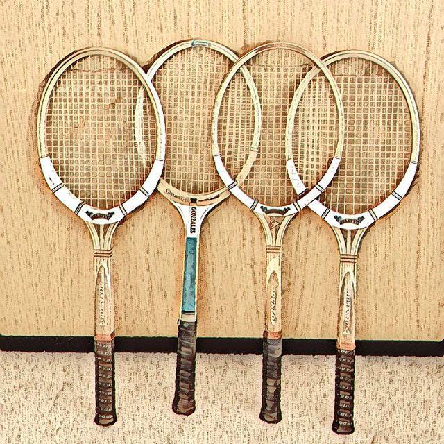 Love watching the #australianopen #tennis #lovetennis🎾❤️ #oldtennisracquet