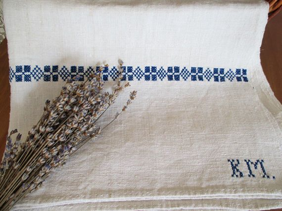 256. Pure flax linen hand embroidered towel guest toweltea