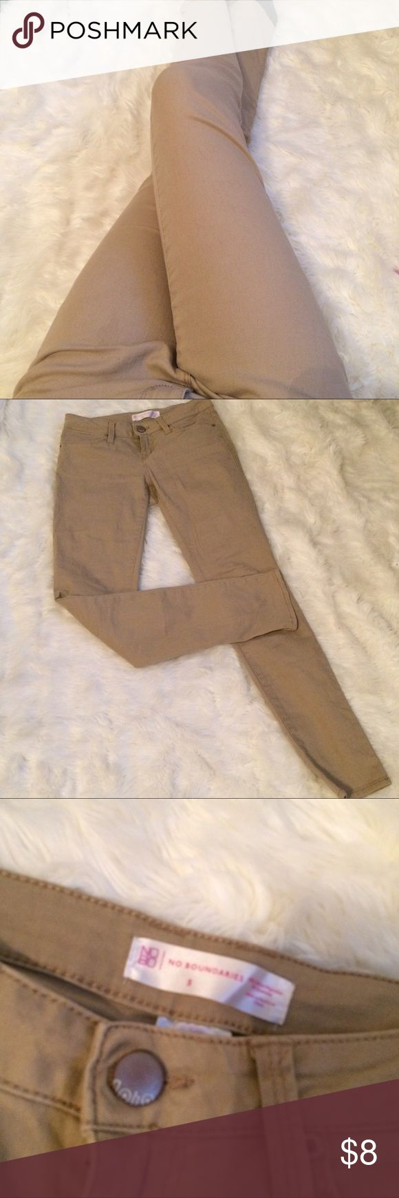 Tan jeans size 5 Size 5 juniors like new perfect for work #jeans #size5 #juniors No Boundaries Jeans
