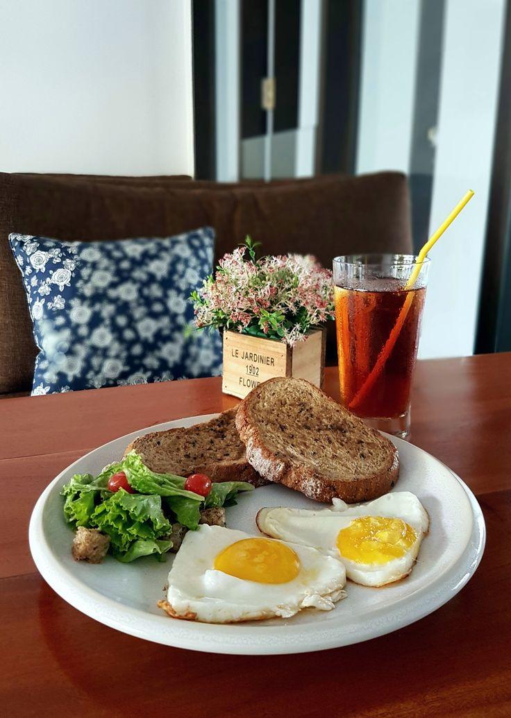 """""""Multiseed Toast"""", Pull Over Coffee & Roastery, Jakarta"""