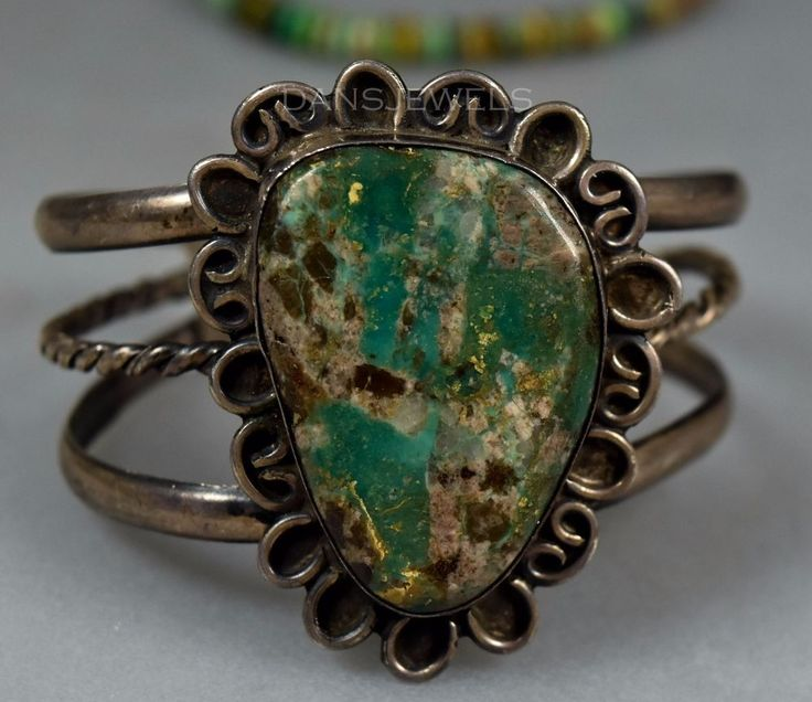 RUSTIC Old Pawn Vintage Navajo Boulder Turquoise 1970's Sterling Womens Bracelet