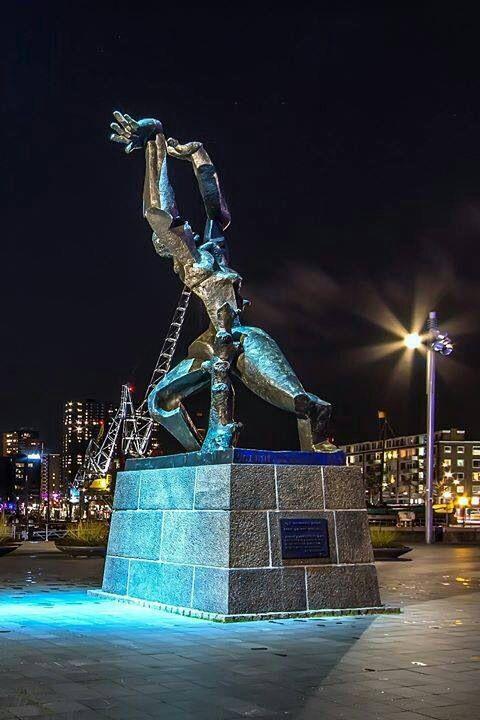 Zadkine | het hart van Rotterdam | Netherlands | Guided Tours | The Original Rotterdam Way! | https://www.RotterdamAdventures.nl