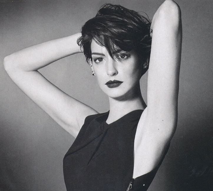 1000+ Ideas About Anne Hathaway Pixie On Pinterest