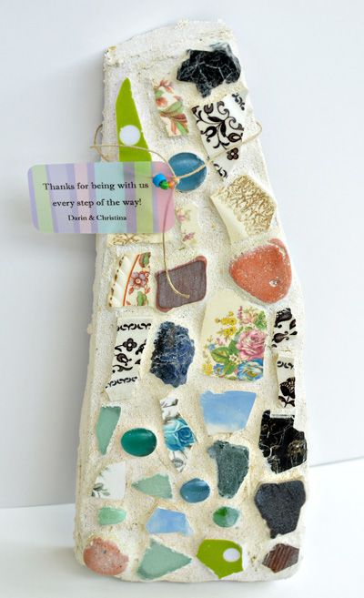 DIY stepping stone from flagstone. I need to make one for our backyard garden to go right outside the door.