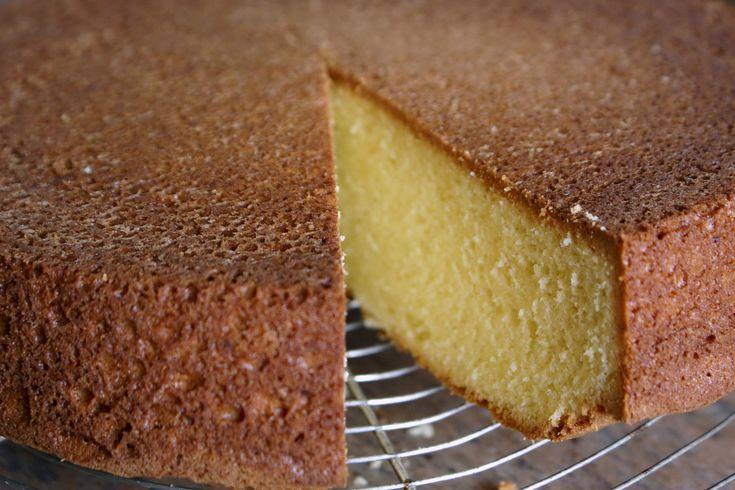 Quatre-quart. Le plus simple des gâteaux.. La recette par Chef Simon.