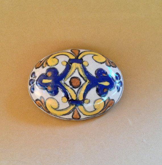 Brooch pin and pendant of authentic talavera poblana .  6.5cm W X 4.25cm L.