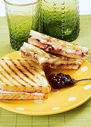 3 királyi melegszendvics reggelire