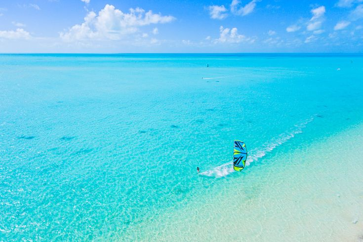 Kiteboarding at the incredible Long Bay Beach on Providenciales, Turks and Caicos. See our wind and tide forecast.